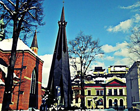 Dzwonnica kościelna kościół drzewa budynki kino niebo chmury Sajmon Grafika Graficzek